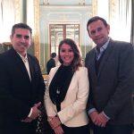 Marina Estacio con Damián Lopo y Manuel Estruga (Crowdium)