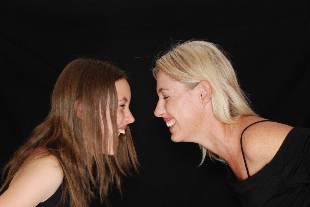 Risa, sonrisa comunicación personal